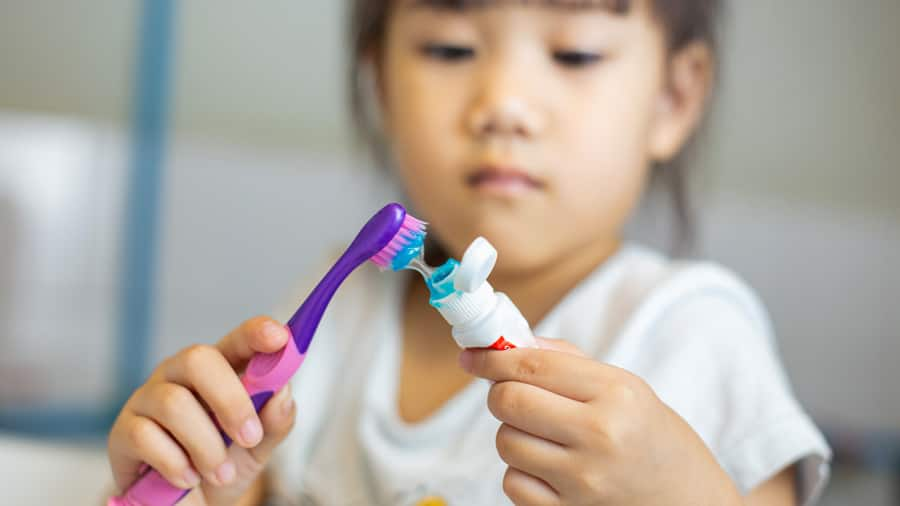 what to look for in toddler toothpaste - colgate sg